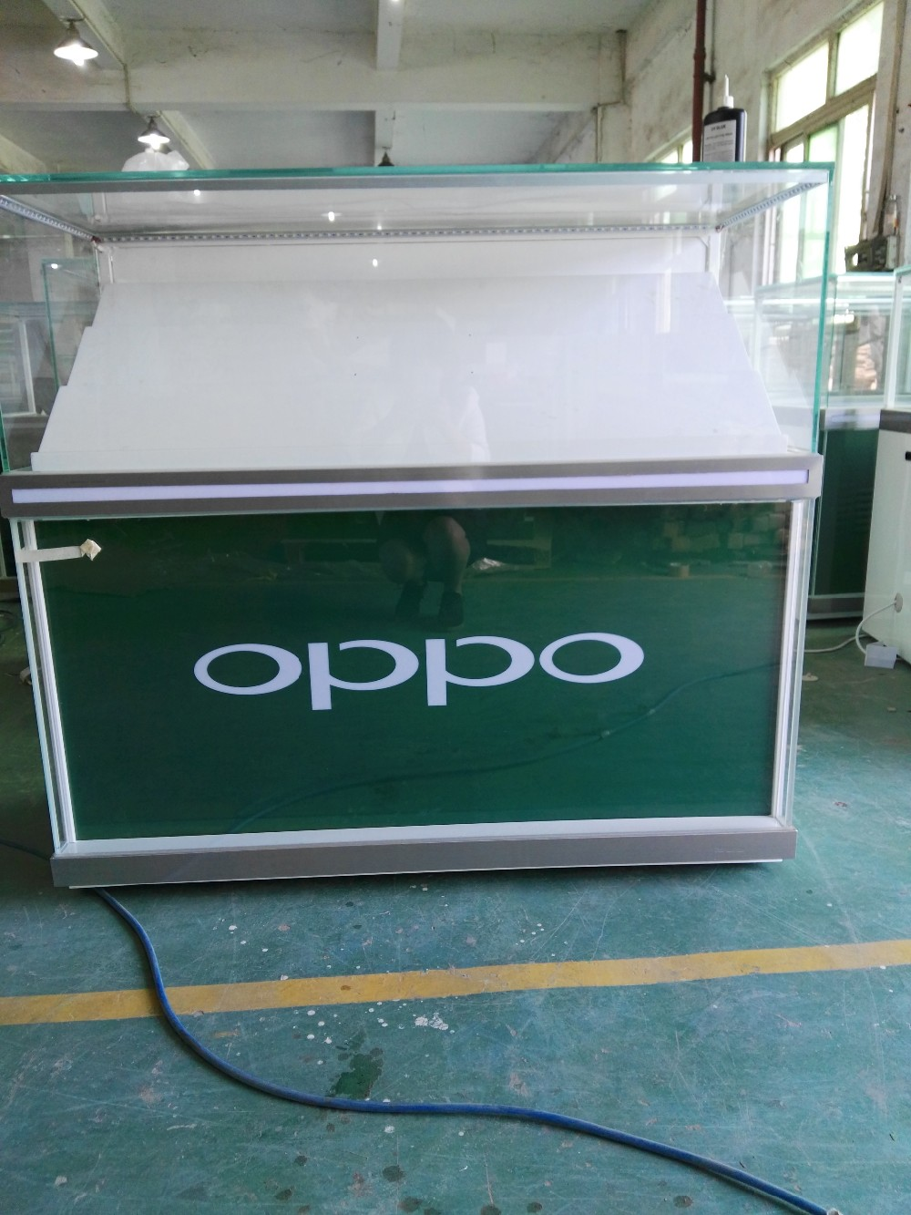 Retail High end Cell Phone Display Showcase/OPPO Mobile phone shop counter