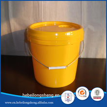 bucket with gamma seal