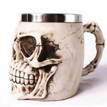 Hot Unique Resin Skull Coffee Mug Stainless Steel Liner Creepy 3D Skull Coffee Milk Mug Cup Tankard Novelty for Halloween Decor