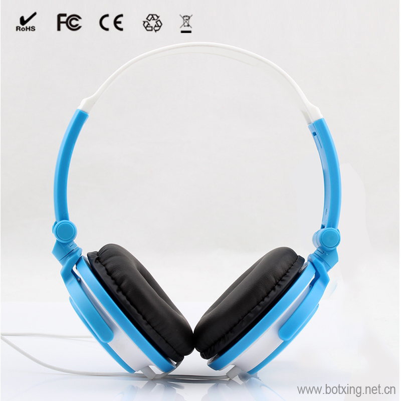 Customized branded fluffy earmuff computer headphone