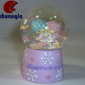 OEM Wedding Love Gift Resin Snow Globes Custom Love Water Globe
