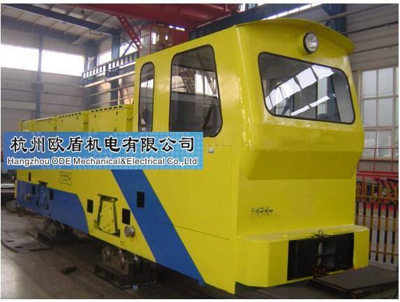 Trolley type electric locomotive