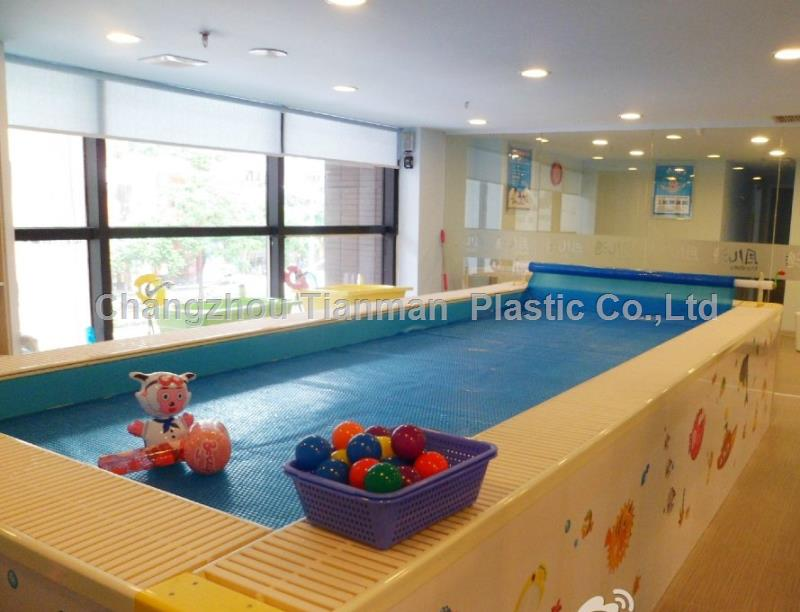 Rectangular plastic pool cover for above ground swimming pool