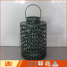 Wholesale solid green iron outdoor decoration cast iron garden lantern