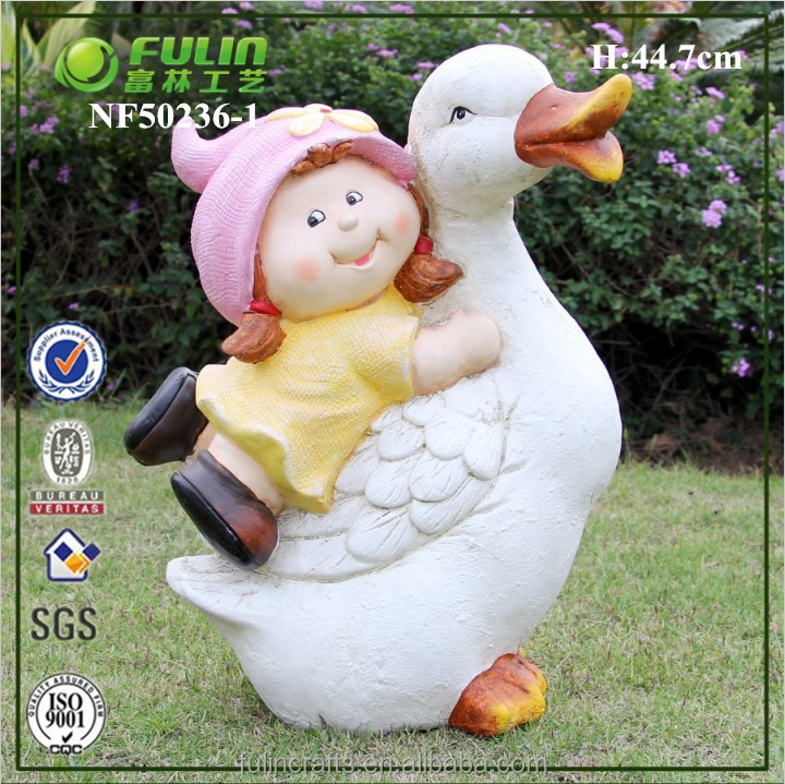 Resin Garden Cartoon Girl Figure with Goose