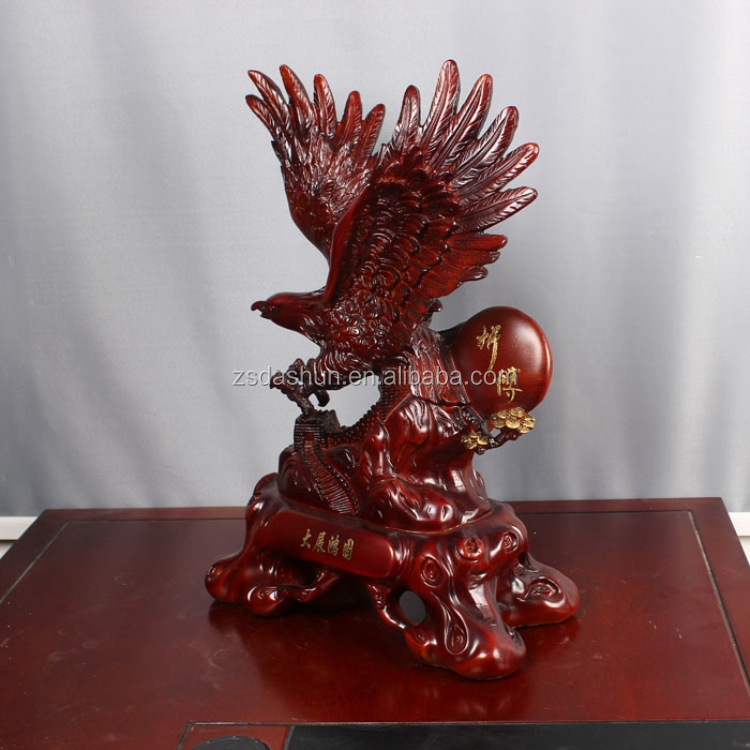 Resin eagle sculpture crafts flying eagle figurine for for Eagle decorations home