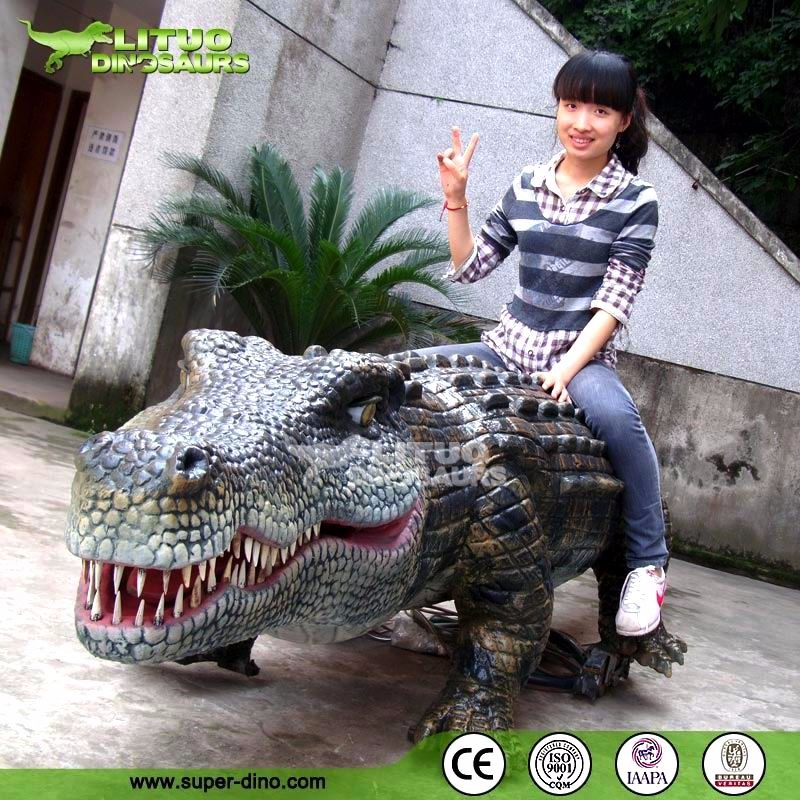 Life Size Walking Simulation Animatronic Remote Control Crocodile