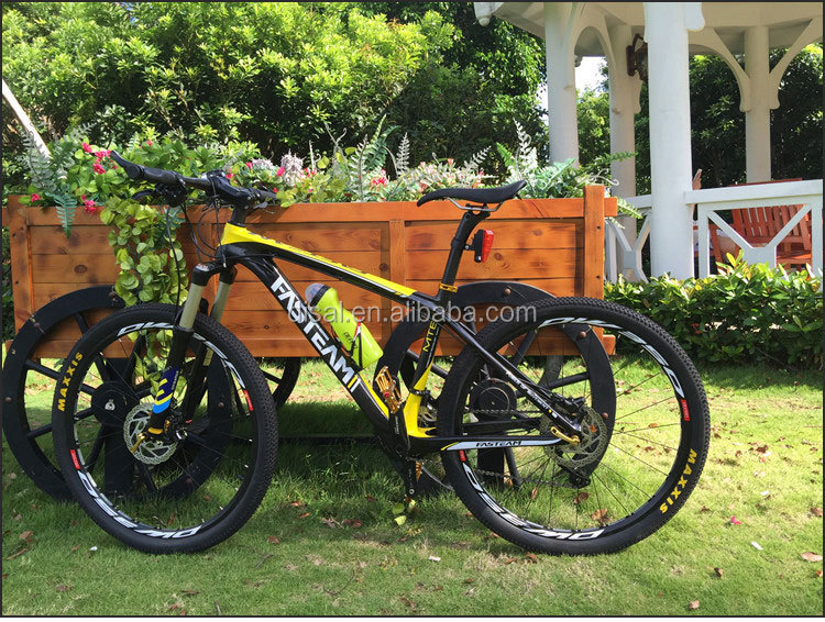 High quality Carbon 26ER Complete MTB Bicycle , 26er full bike carbon mountian bike size 14/16/17/19'' cheap selling!