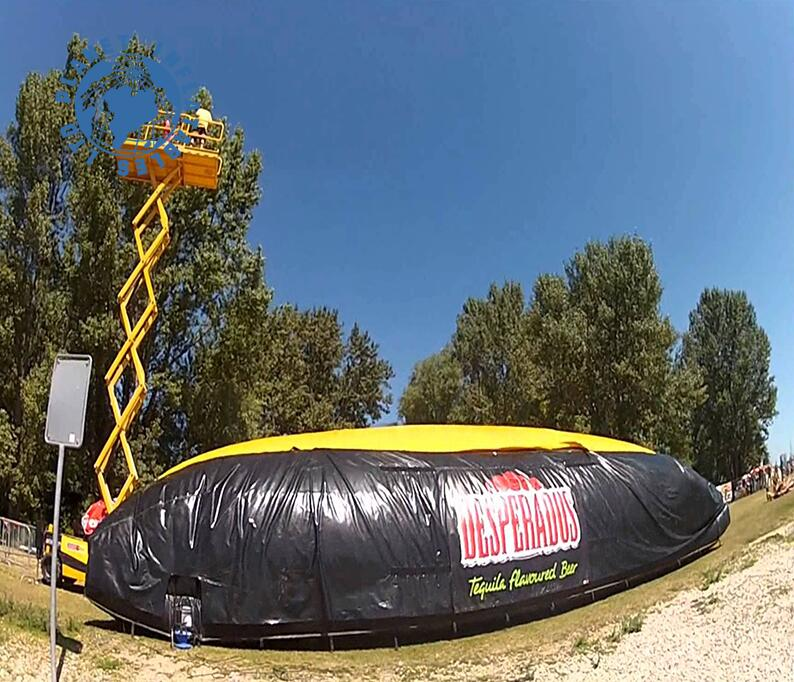 New design sport games Giant inflatable air bag stunt,air bag jumping stunt for sale