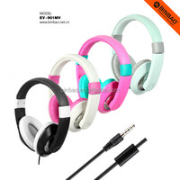 Factory low price plastic wired headphone with microphone