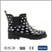 europe wholesale cheap dot women ankle wellies