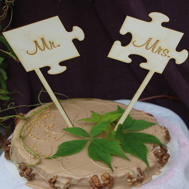 Puzzle mr and mrs wood wedding cake topper