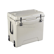 Food Grade LLDPE Material 75QT plastic rotomolded large reusable ice cooler box with wheels