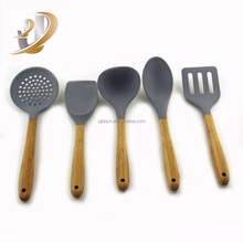 Western Stainless steel Kitchen Utensils /Cooking Tool Sets With Bamboo Handle