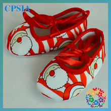 Wholesale Baby Walker Shoes Christmas Santa Claus Satin Cheapr High Quality $1 dollar shoes
