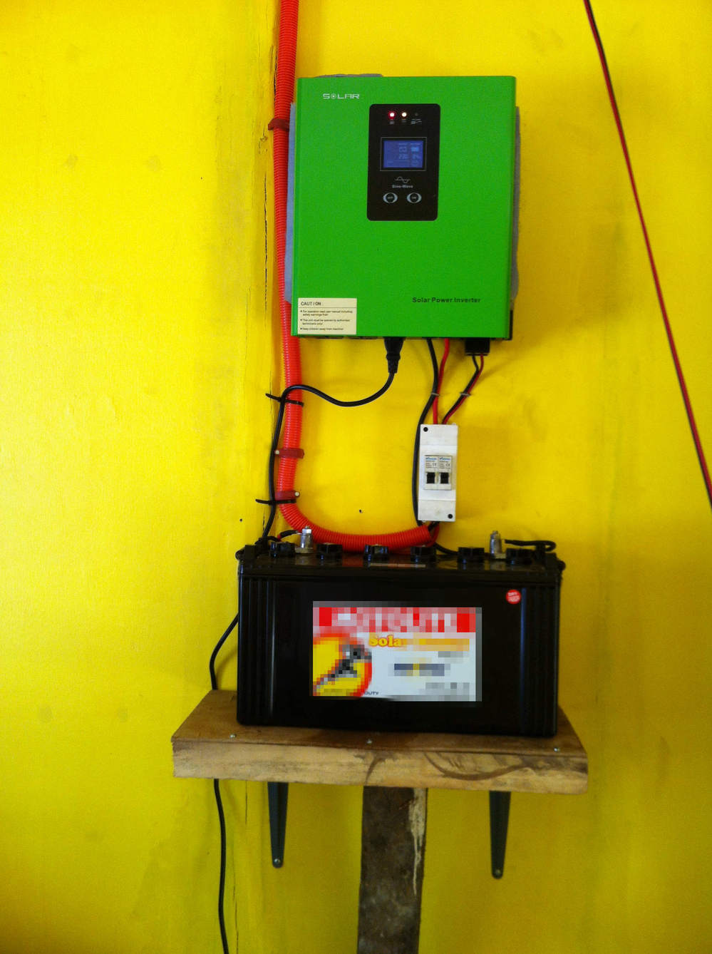 < Must Solar> New! PV2000 series solar inverter 300w/700w/1200w high efficiency low frequency off grid solar inverter