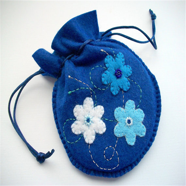 Customized Embroidered Jewelry Roll Bag