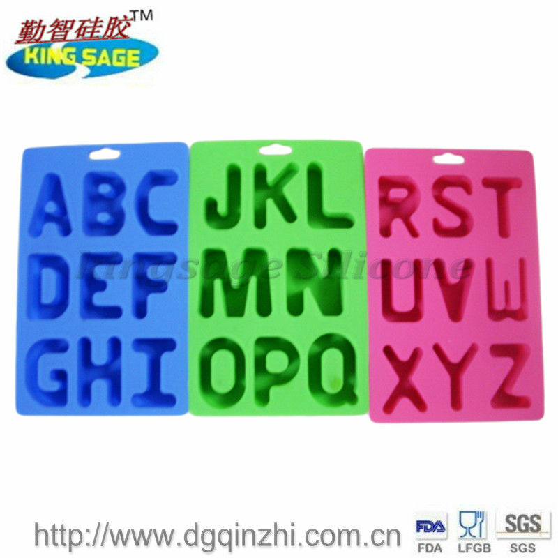 26 letters silicone ice cube tray