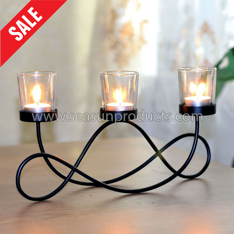 table decoration metal candle holder with 3 glass candle cups