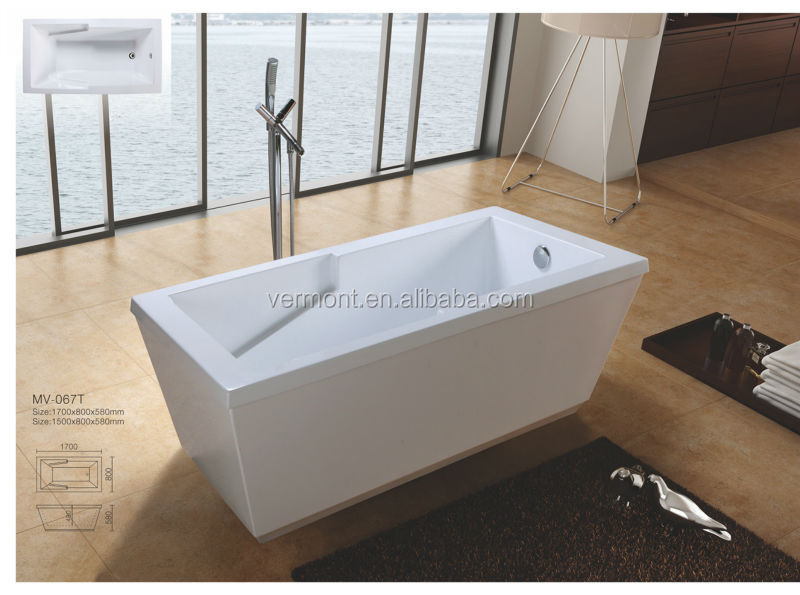 Rectangular bathtub with fibre glass