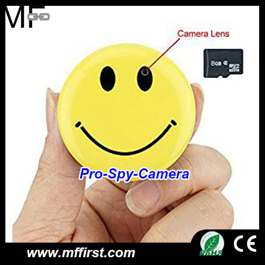 Full HD 720P smiley face motion detection wearable pocket badge hidden camera