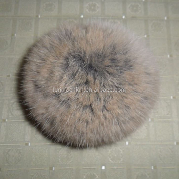 Wholesale 10cm Dyed Cute Rabbit Fur Pompoms Keychain for Hats/Bags/Accessories/Christmas Decoration