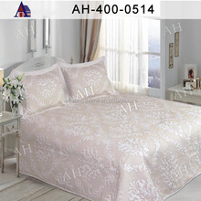 New Style High Quality and Hot Sale Embroidery Satin Wedding Quilt