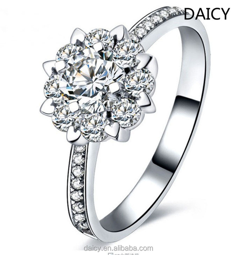 DAICY new fashoin flower cluster 18k engagement ring white gold diamond