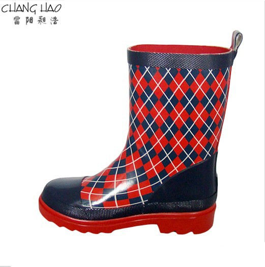 Children's Natural Rubber Rain Boot Manufacturer,Red And Bule Lined Plaid Printing With Red Sole Welly