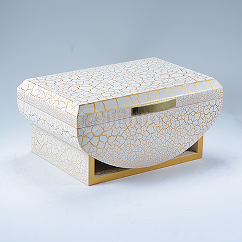 white crackle paint luxury wholesale humidor with tray