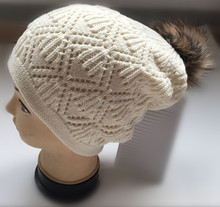 Solid Color Double Layers Knitted Beanie Hat with Faux fur