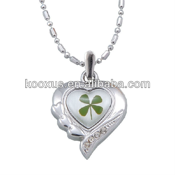 Good luck four leaf clover necklace jewellery