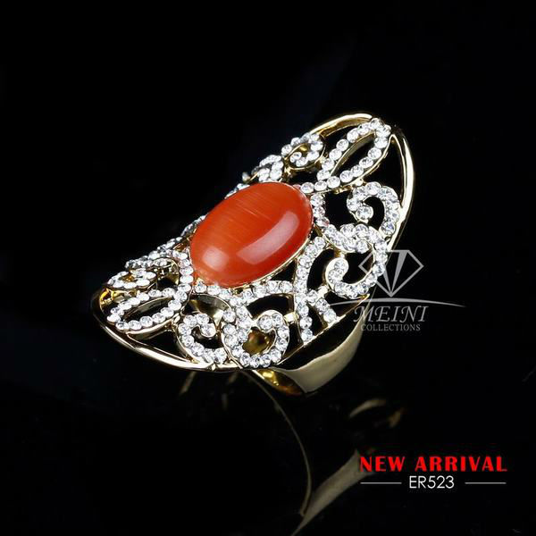 elegant vintage hollow design with red gemstone embedded Finger Ring 18k glod plated ER5023