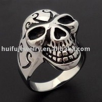 hot OEM customize fashionable skull biker ring crafts