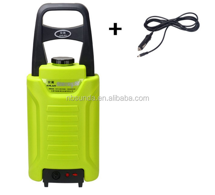 Portable car washer with water tank