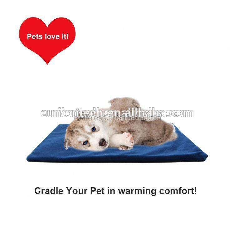 Self heating pet pad new develop products for dog and cat