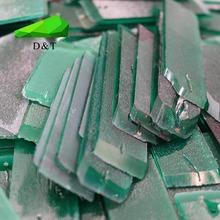Hydrothermal synthesis of emeralds and emeralds raw materials cutting and grinding of various thickness of the factory direct su