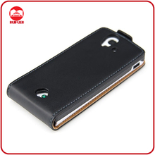 Manufacturer Black Magnetic 100% Genuine Leather Case for Sony Ericsson Xperia Ray St18i