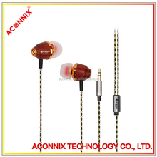 3.5mm Connectors and In-Ear Style earphone