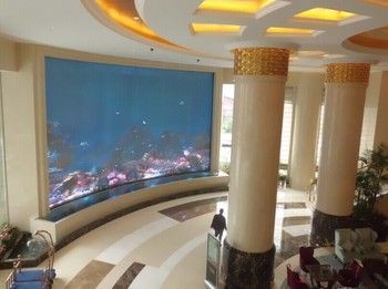 large commercial fish tanks