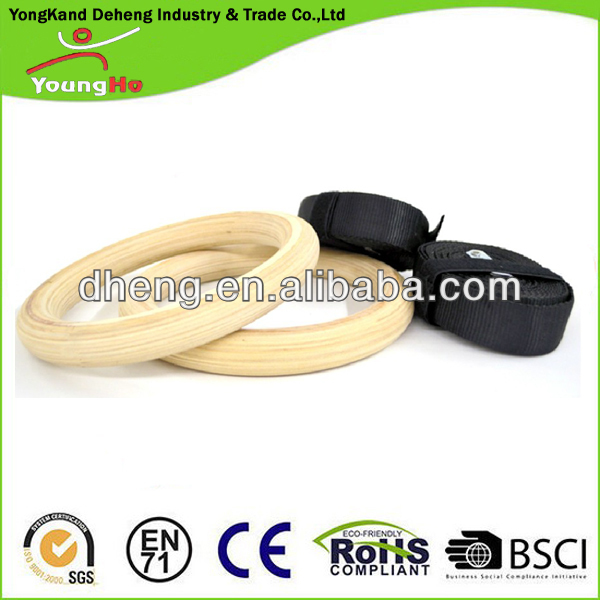 Maximum Load 200kg Wood Gymnastics Rings with Black Cam Buckle Straps