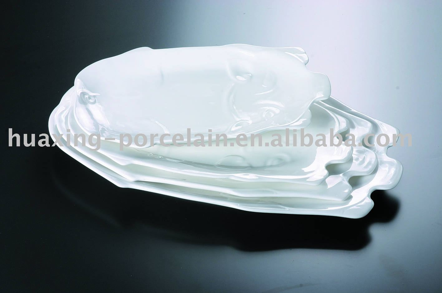 high quality porcelain embossment animal shape plate H0169