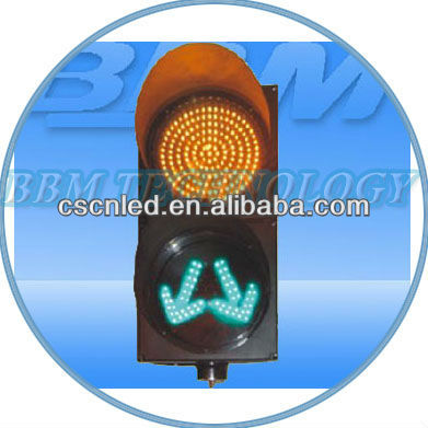 Green Separate Arrows LED Traffic Light
