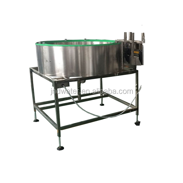 Automatic bottle unscrambler machine for PET bottle