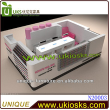 Hot-sale nail salon furniture /manicure tables with led nail kiosk design for shopping mall