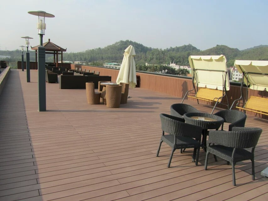 Waterproof wpc decking floor hollow decking for russia wpc for Wpc decking