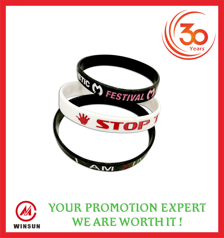 Wholesale Cheap Friendship Silicone Wrist Band Multicolor Promotional Customized