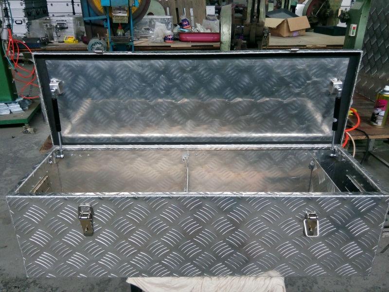 Ящик для инструмента из алюминия своими руками 1
