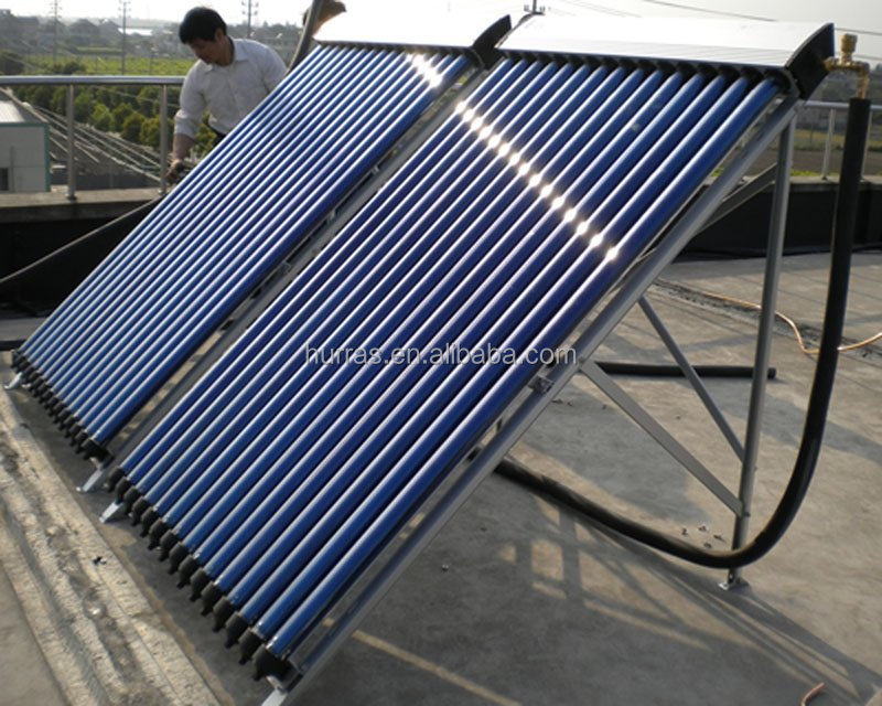 Evacuated tube solar water collector