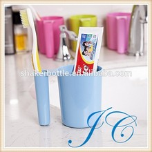 Multifunction Dual Purpose Plastic Gargle Cup With Holder